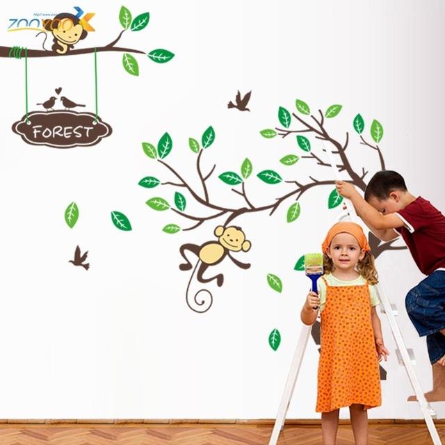 Наклейки на стену в детскую комнату «Игривые обезьянки».